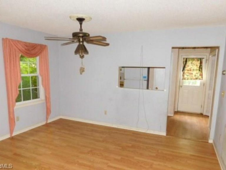 an empty living room ready to be renovated in High Point NC